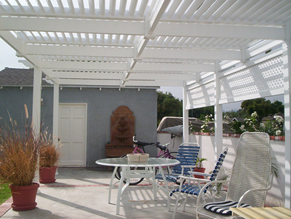 Vinyl Picket Patio Cover